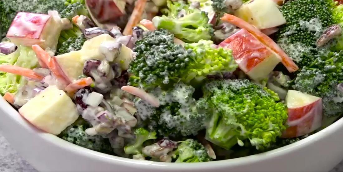 Une salade dont on ne se lasse jamais... Brocoli, pommes et pacanes