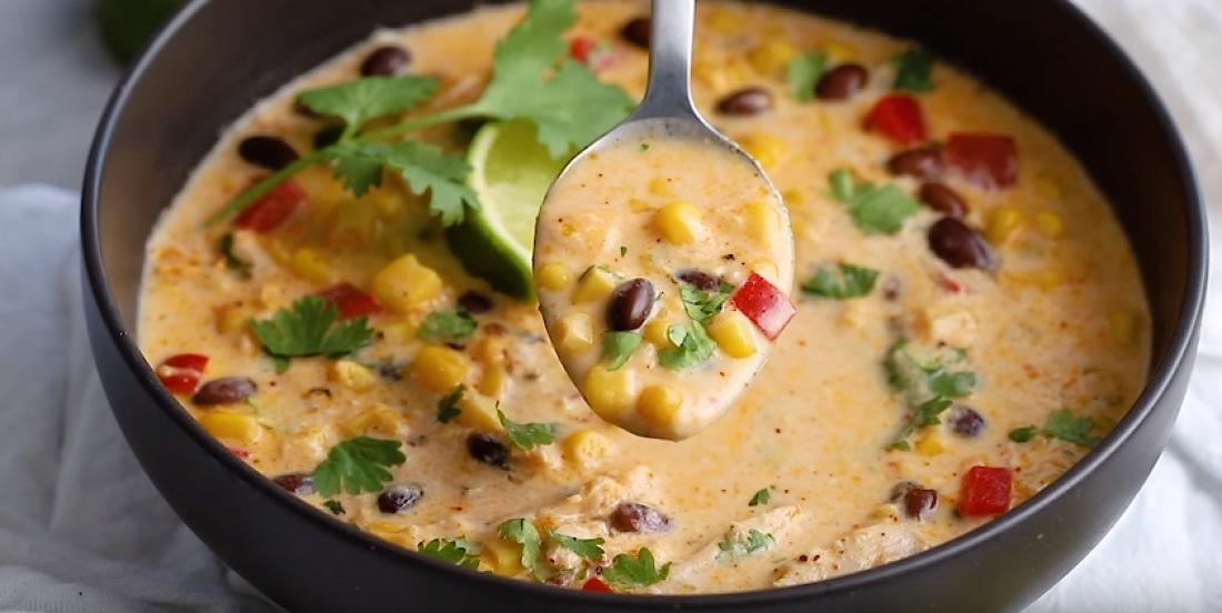 Chaudrée mexicaine de poulet et de maïs à la mijoteuse