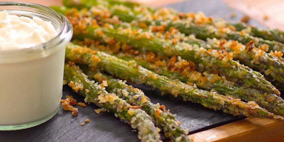Asperges rôties croustillantes au parmesan