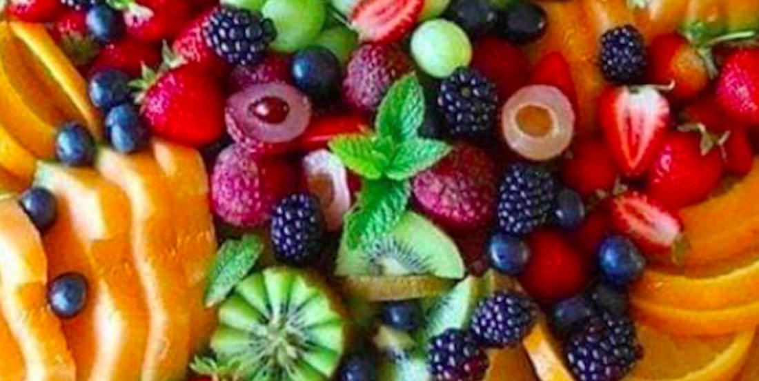 20 manières fantastiques de présenter des plateaux de fruits