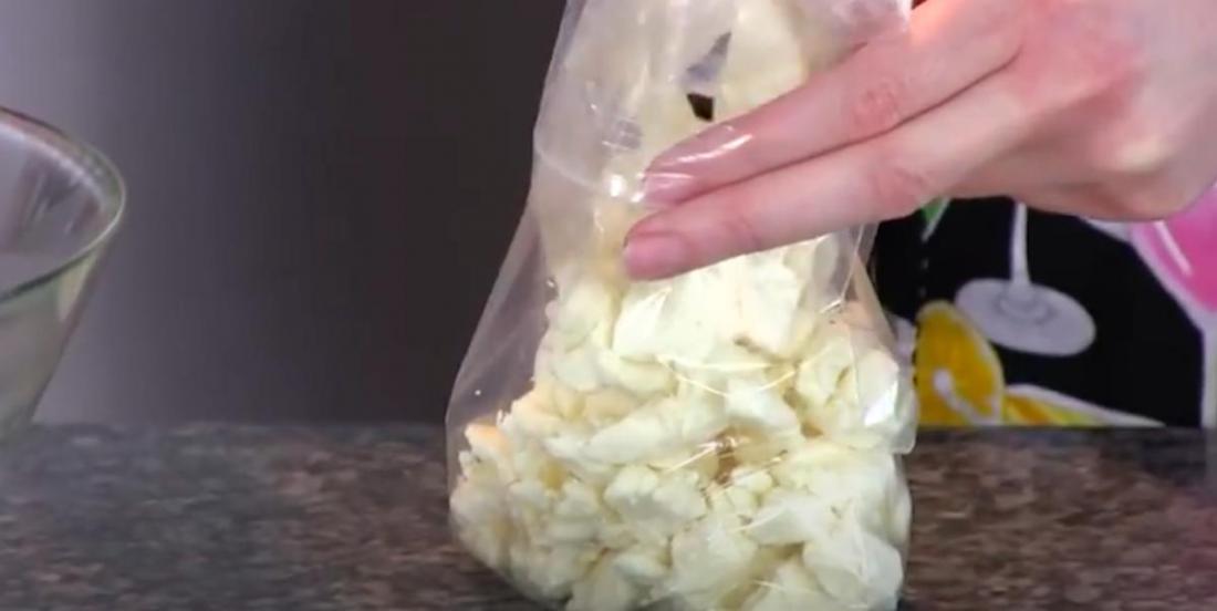 Comment redonner son « skouik-skouik » a du fromage en grains qui est allé au frigo