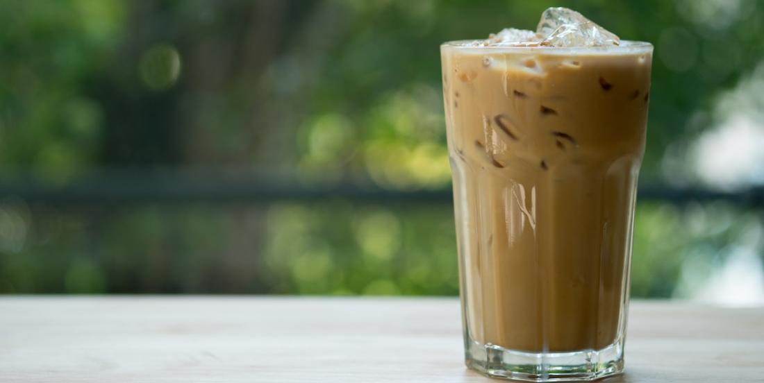 2 délicieux cafés glacés pour accompagner votre été
