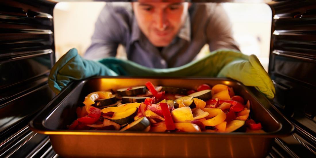 Combien de temps faut-il faire cuire différents légumes au four?