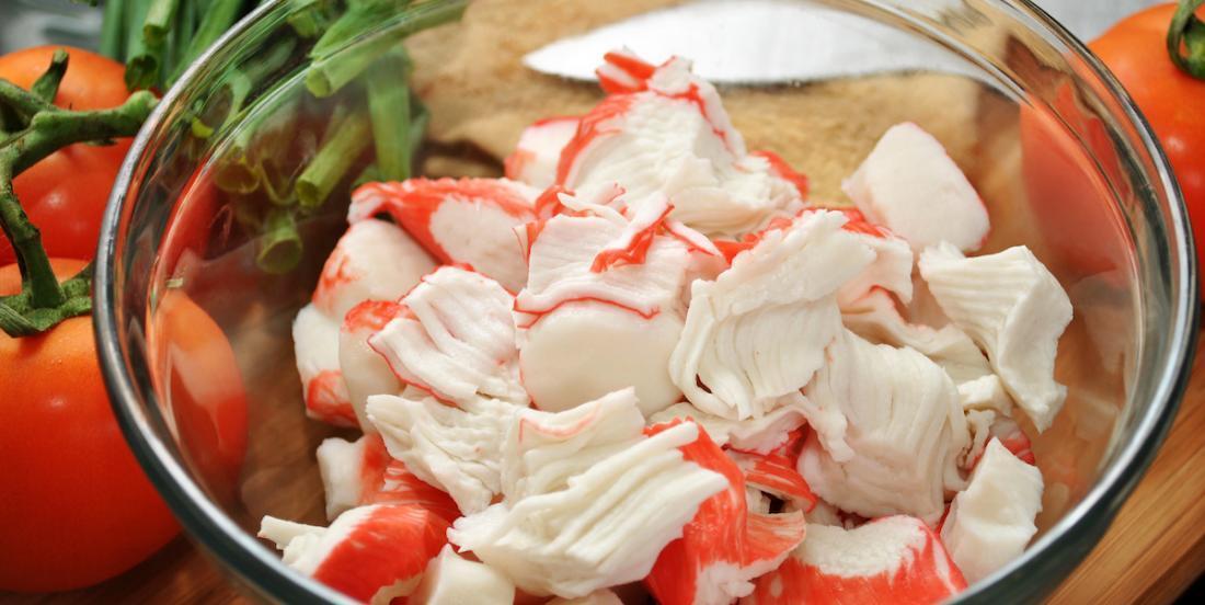 Comment différencier le faux crabe du vrai