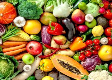 Réduisez le gaspillage en conservant vos fruits et légumes frais beaucoup plus longtemps avec ces simples astuces