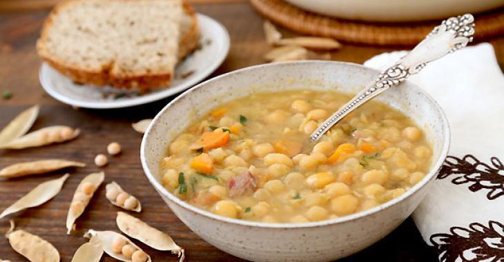 Ça fait des années que je peaufine ma recette de soupe aux pois... Elle est enfin à son apogée!