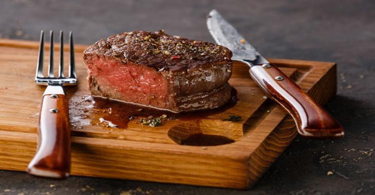 Un steak réussi à la PERFECTION à l'intérieur! Voici quelques infos d'une importance capitale!