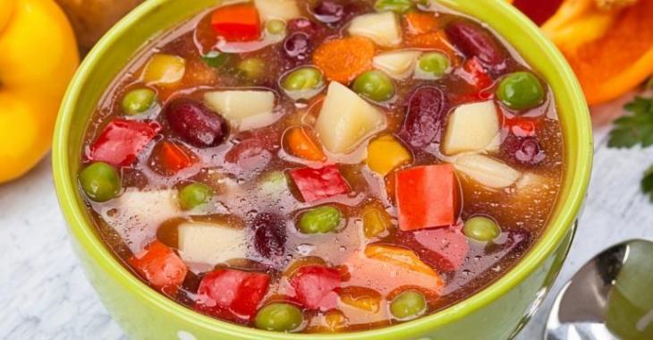 Une bonne soupe minestrone dans la mijoteuse