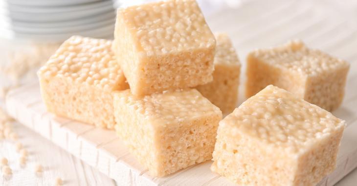 Carrés Rice Krispies au sucre à la crème