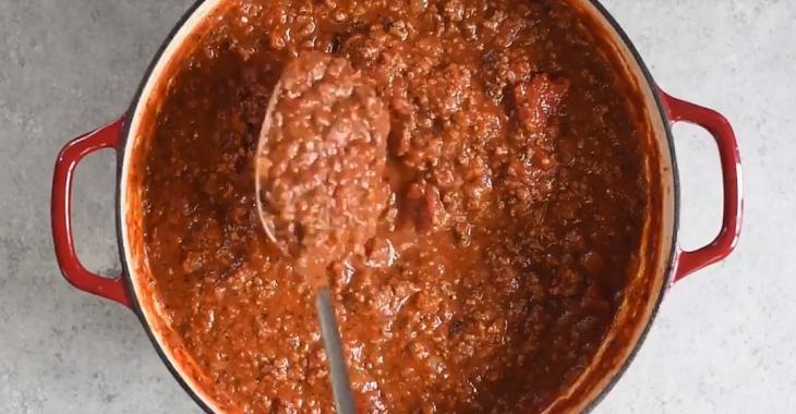 Une savoureuse sauce à spaghetti super facile à préparer