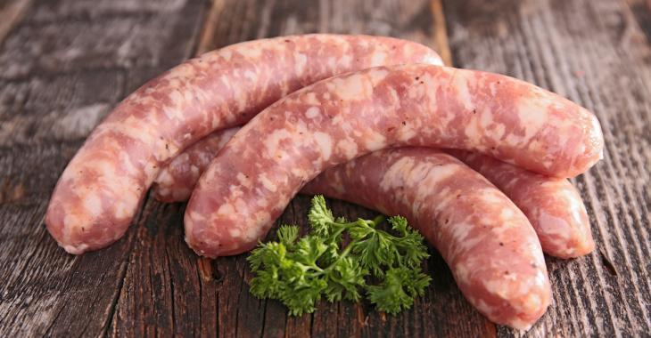On a trouvé des viandes non déclarées dans des saucisses vendues au Canada