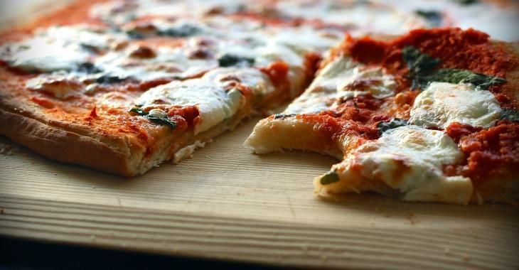Une nutritionniste le confirme: la pizza est souvent bien meilleure qu'un bol de céréales pour déjeuner