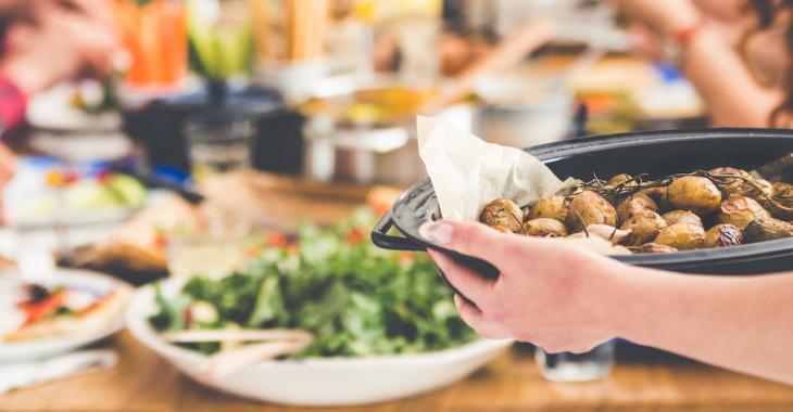 Psychologie: le fait de cuisiner pour autrui est bon pour la santé mentale!