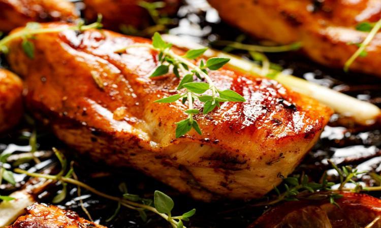 Il n'est jamais trop tard pour découvrir LA MEILLEURE marinade pour le poulet! Elle est PHÉNOMÉNALE!